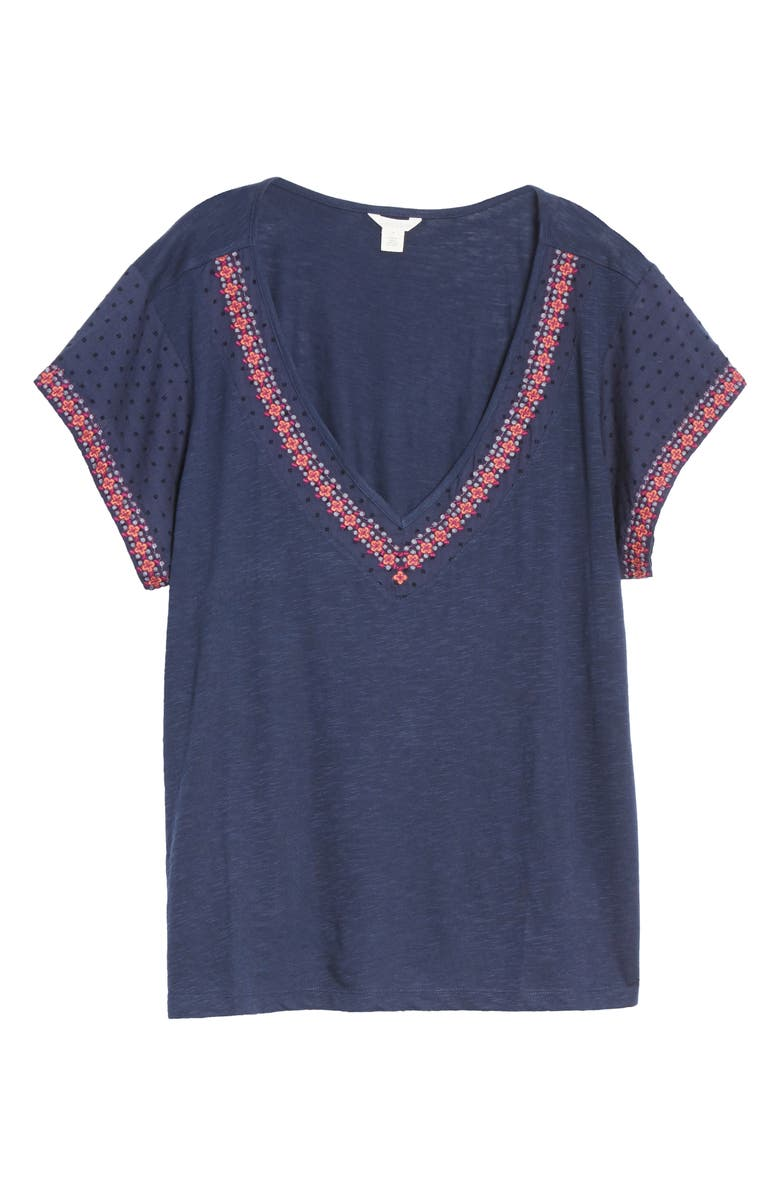 CASLON<SUP>®</SUP> Embroidered V-Neck Jersey Top, Main, color, 410