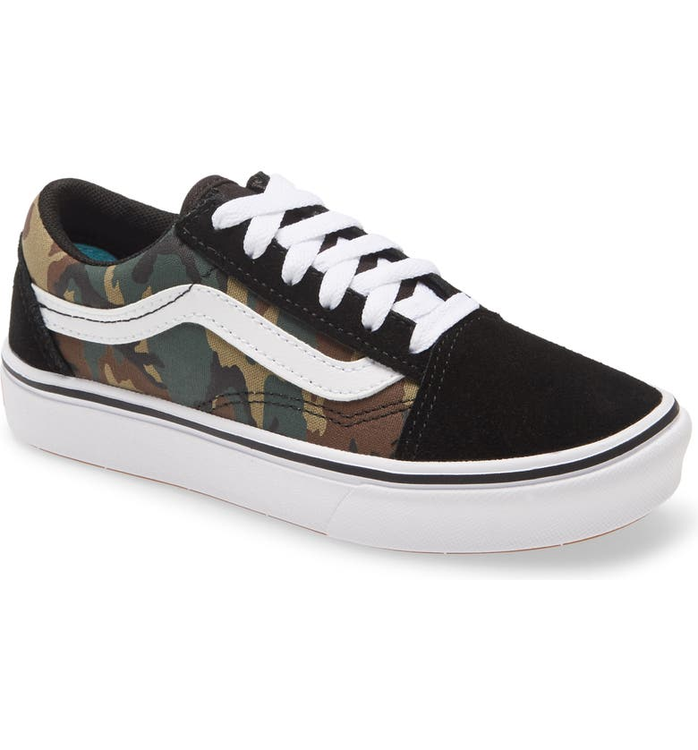VANS ComfyCush Old Skool Sneaker, Main, color, BLACK/ TRUE WHITE