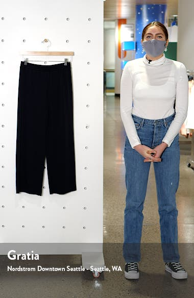 Crop Sweatpants, sales video thumbnail