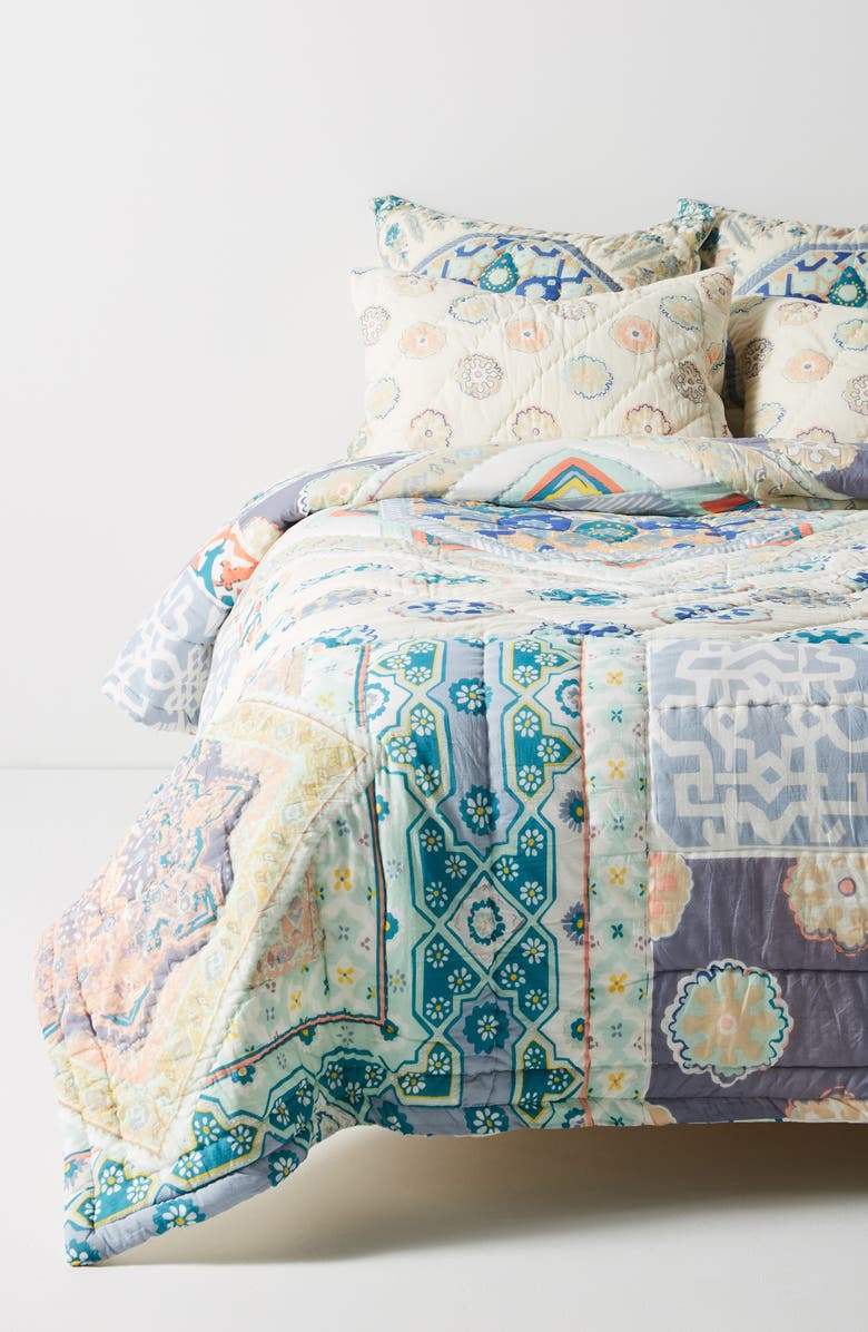 ANTHROPOLOGIE HOME Ponsonby Reversible Quilt, Main, color, 900