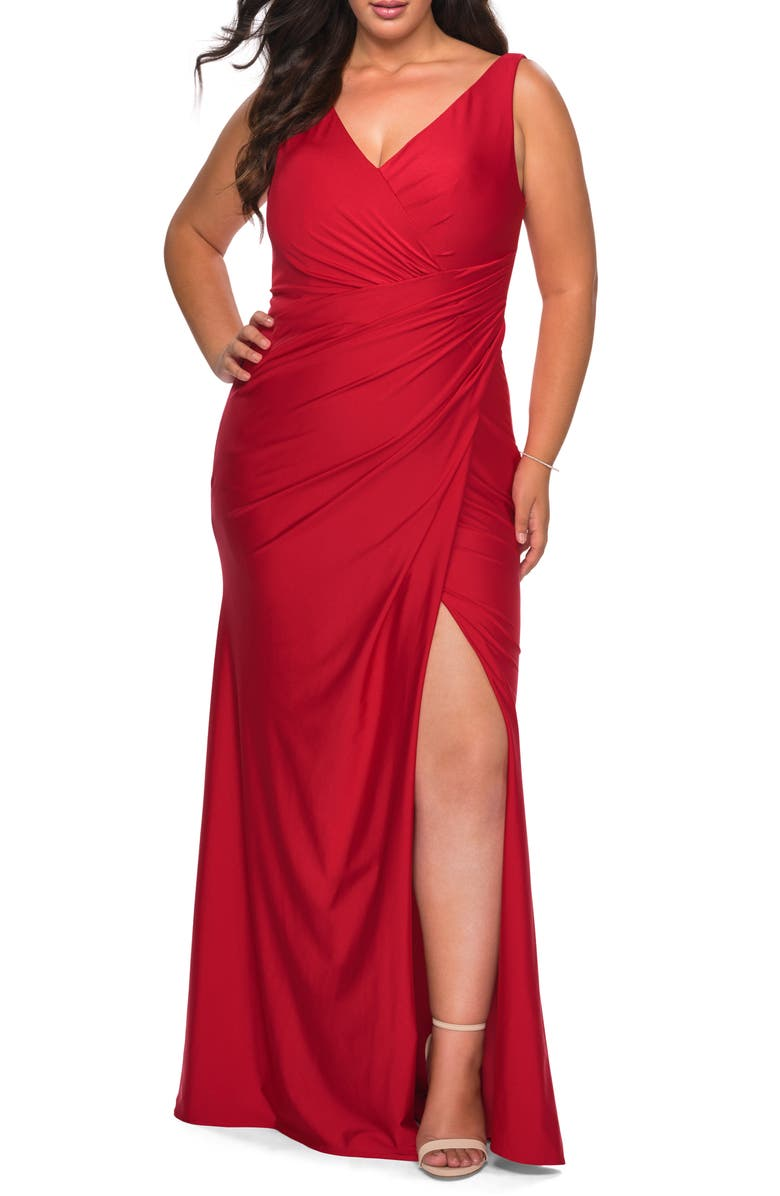 LA FEMME Ruched Jersey Trumpet Gown, Main, color, RED