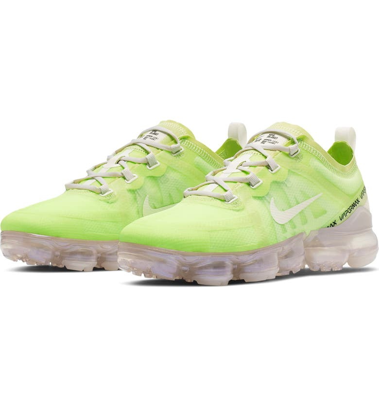 NIKE Air VaporMax 2019 SE Sneaker, Main, color, 302