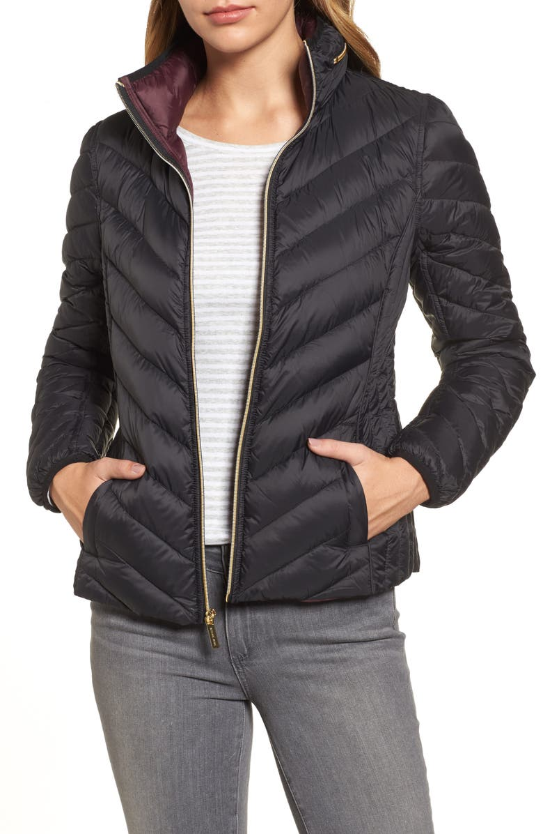 MICHAEL MICHAEL KORS Chevron Quilted Packable Down Puffer Jacket with Stowaway Hood, Main, color, 001