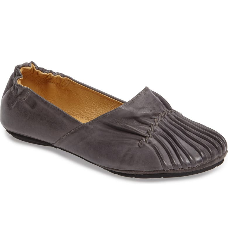 CHOCOLAT BLU Seamed Flat, Main, color, GRAPHITE LEATHER