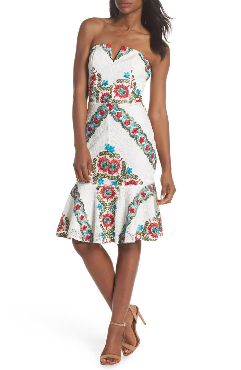 ADELYN RAE Hailey Embroidered Strapless Lace Dress, Main, color, 100