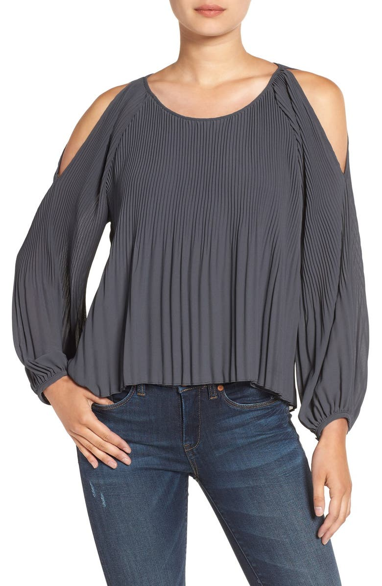 ASTR THE LABEL ASTR Pleated Cold Shoulder Top, Main, color, 020