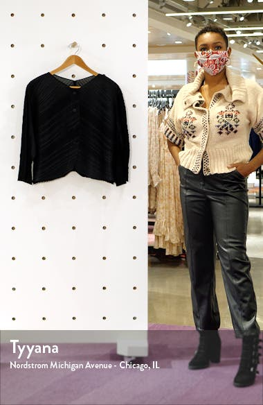 Pleated Cardigan, sales video thumbnail