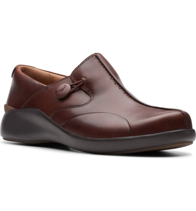 CLARKS<SUP>®</SUP> Un Loop 2 Slip-On Loafer, Main, color, 200
