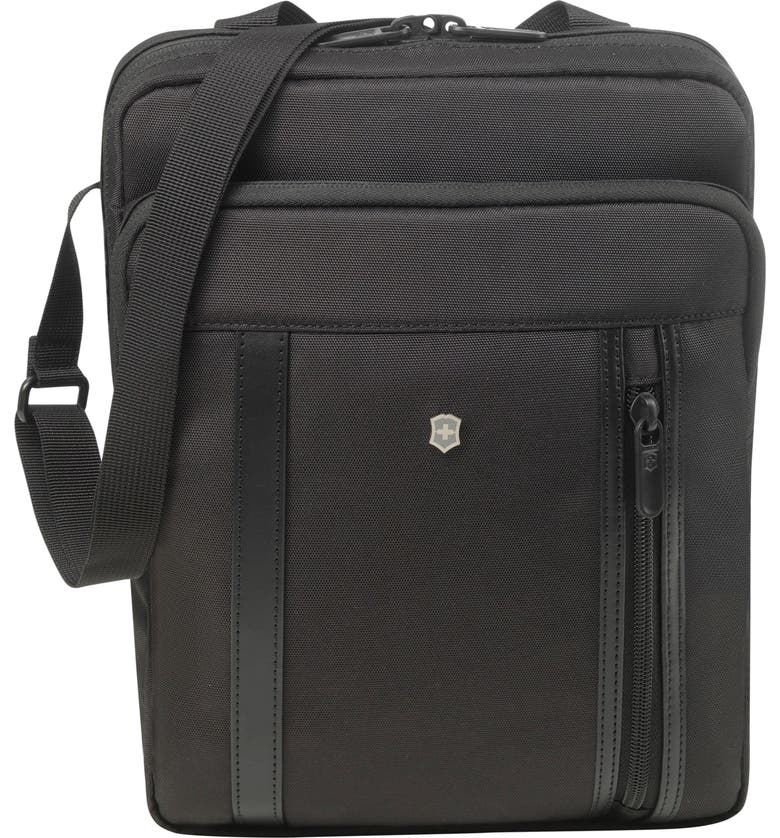 VICTORINOX SWISS ARMY<SUP>®</SUP> Victorinox Swiss Army Werks Pro 2.0 Crossbody Laptop Bag, Main, color, 001