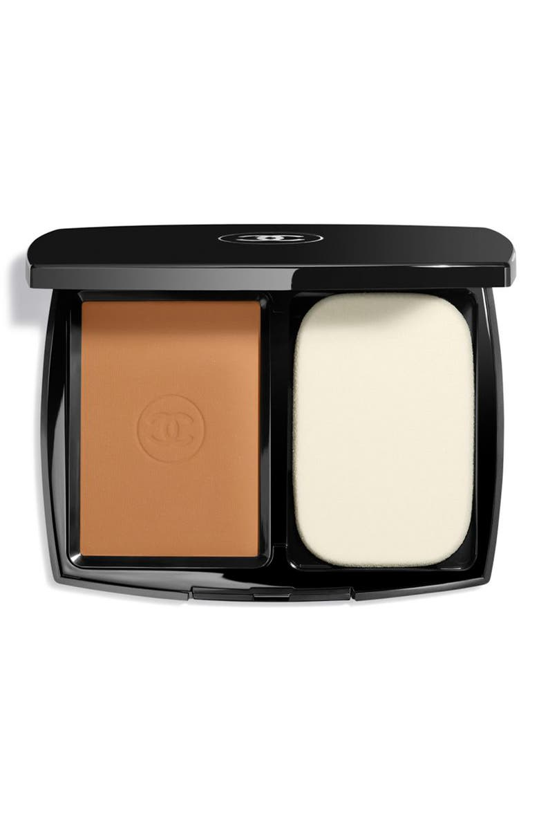 CHANEL ULTRA LE TEINT Ultrawear All-Day Comfort Flawless Finish Compact Foundation, Main, color, BD121