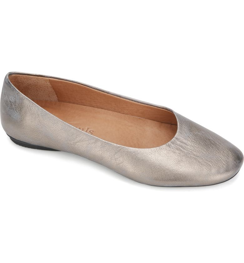 GENTLE SOULS BY KENNETH COLE Gentle Souls Signature Eugene Travel Ballet Flat, Main, color, PEWTER METALLIC LEATHER
