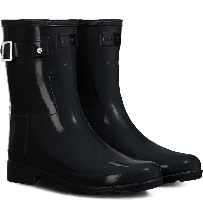 HUNTER Refined Short Gloss Rain Boot, Main, color, Black