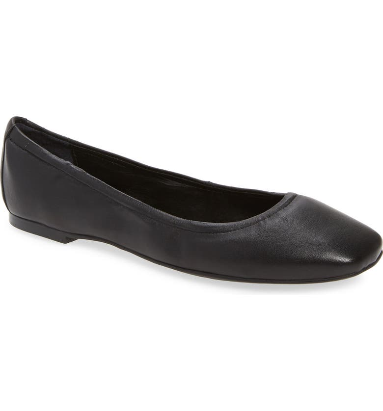 VINCE CAMUTO Brindin Flat, Main, color, 001