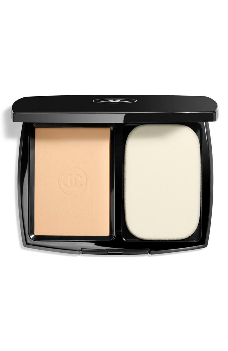 CHANEL ULTRA LE TEINT Ultrawear All-Day Comfort Flawless Finish Compact Foundation, Main, color, B10