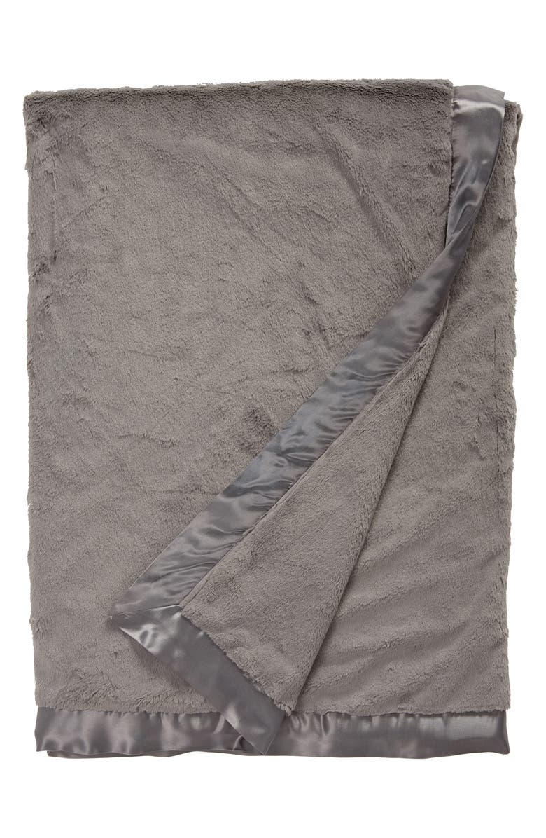 GIRAFFE AT HOME Luxe<sup>™</sup> Faux Fur Solid Throw, Main, color, CHARCOAL