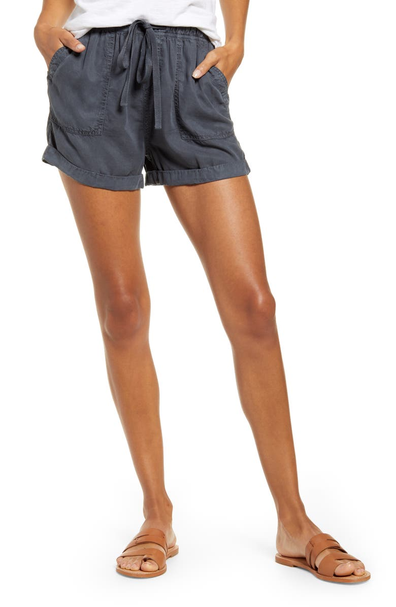 CASLON<SUP>®</SUP> Drawstring Waist Chambray Shorts, Main, color, 030