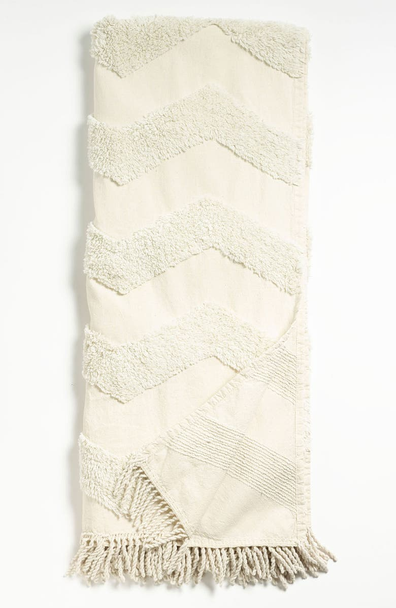 NORDSTROM at Home Zigzag Tufted Throw, Main, color, CREAM TURTLEDOVE