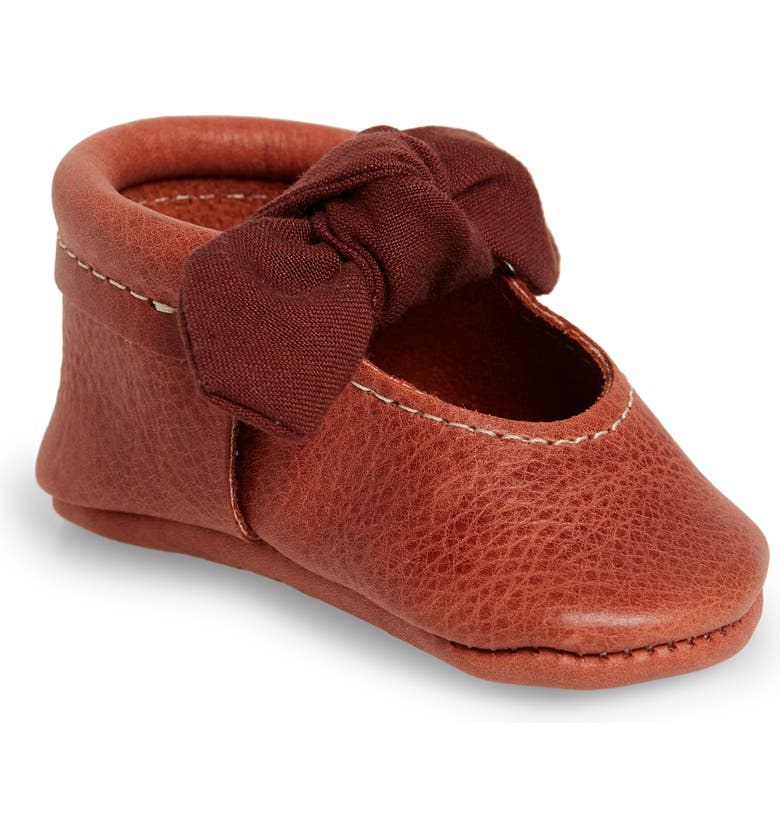 FRESHLY PICKED Knotted Bow Moccasin Crib Shoe, Main, color, AUTUMN