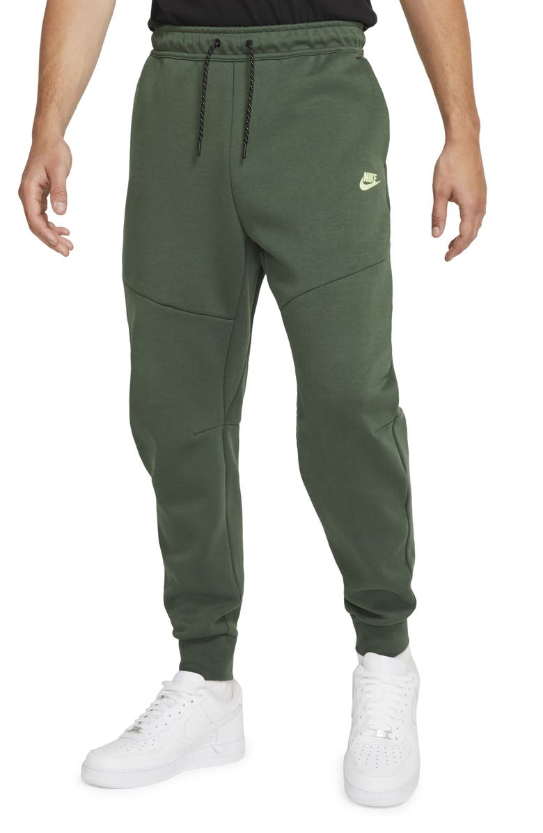 NIKE Men's Tech Fleece Jogger Sweatpants, Main, color, GALACTIC JADE/ LIQUID LIME