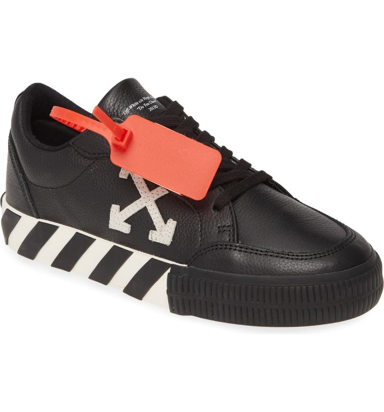 OFF-WHITE Low Arrow Sneaker, Main, color, 001