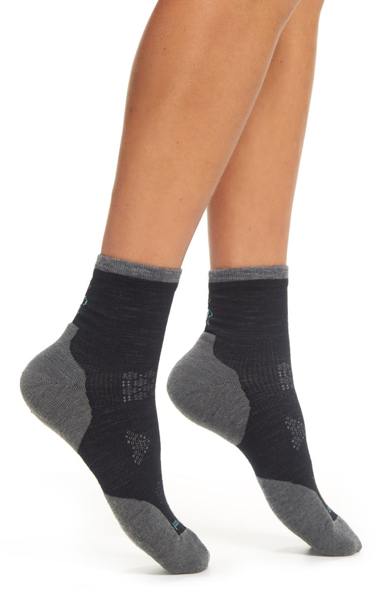 SMARTWOOL PhD<sup>®</sup> Run Cold Weather Crew Socks, Main, color, 001