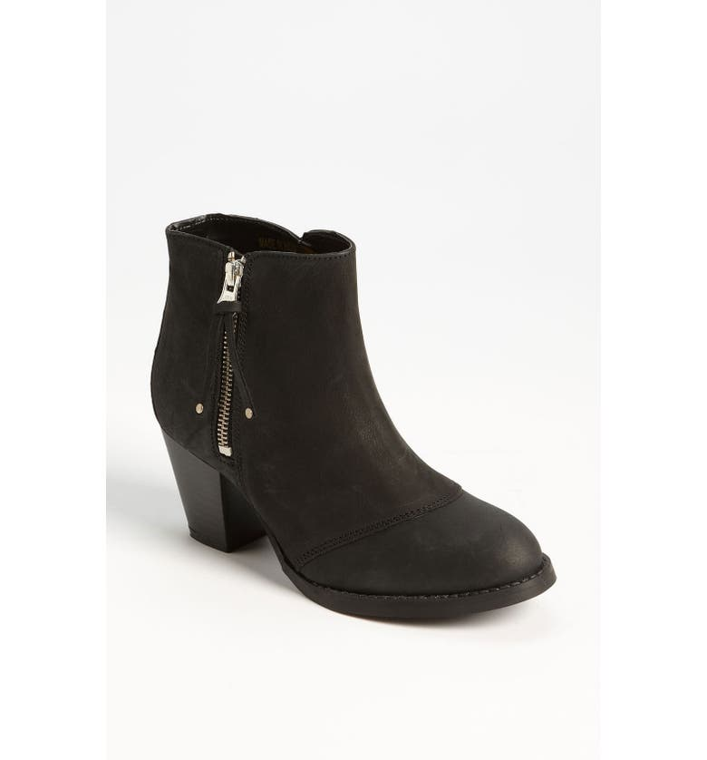 TOPSHOP 'Mighty' Boot, Main, color, Black