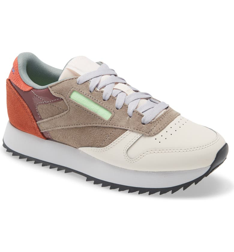 REEBOK Classic Leather Sneaker, Main, color, CERAMIC PINK/ GREY/ CORAL