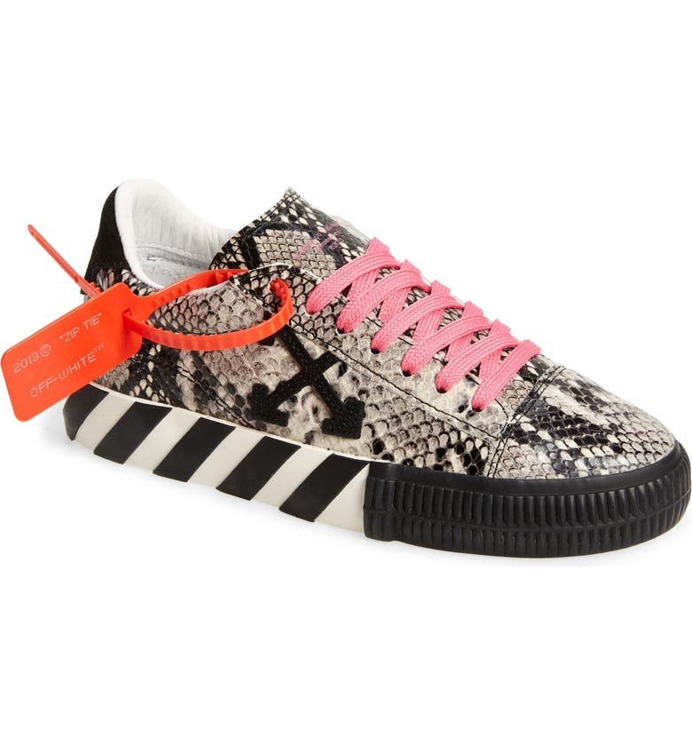 OFF-WHITE New Arrow Low Top Sneaker, Main, color, 020