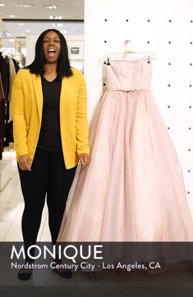 Strapless Belted Ballgown, sales video thumbnail