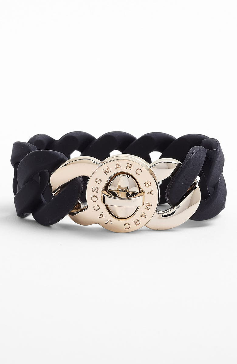 MARC BY MARC JACOBS 'Turnlock - Katie' Stretch Bracelet, Main, color, 001
