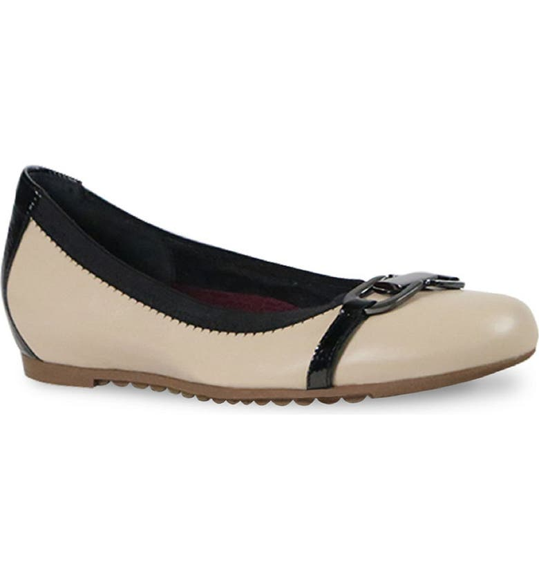 MUNRO Ivy Ballet Flat, Main, color, CAMEL LEATHER