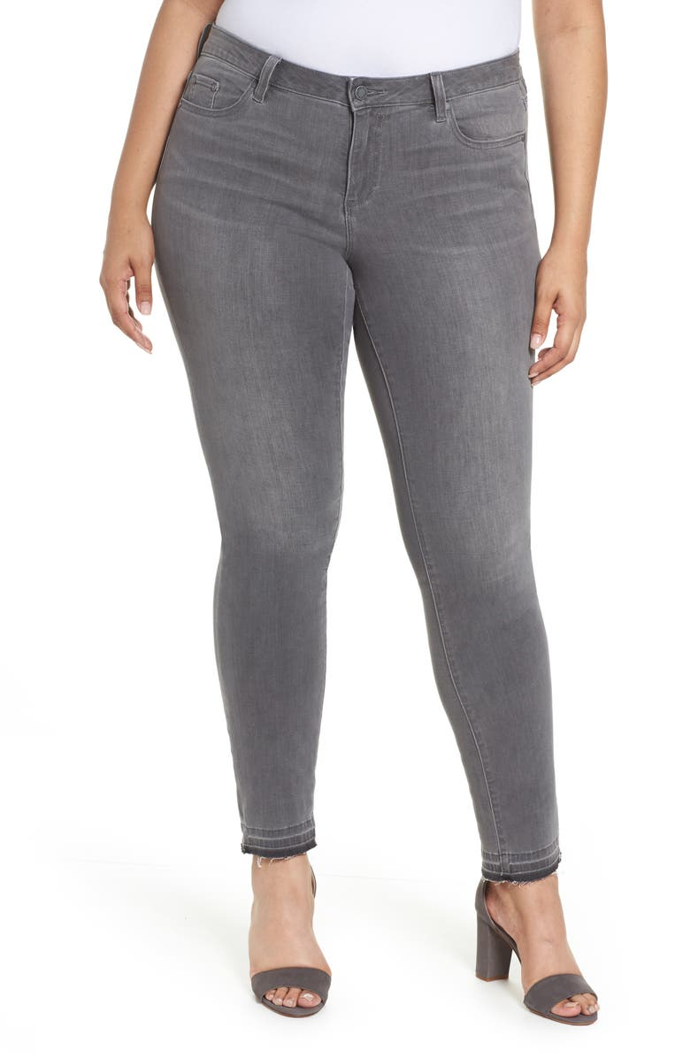 TWO BY VINCE CAMUTO Release Hem Skinny Jeans, Main, color, 020