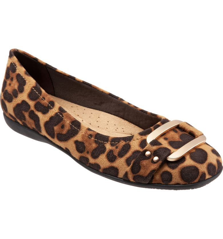 TROTTERS Sizzle Flat, Main, color, LEOPARD POLYESTER
