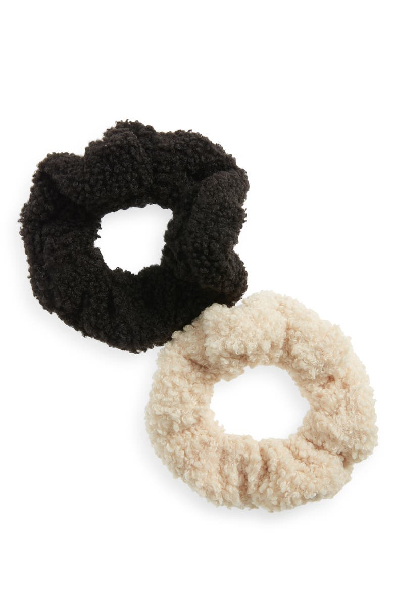 TUCKER + TATE 2-Pack Fleece Scrunchies, Main, color, 000