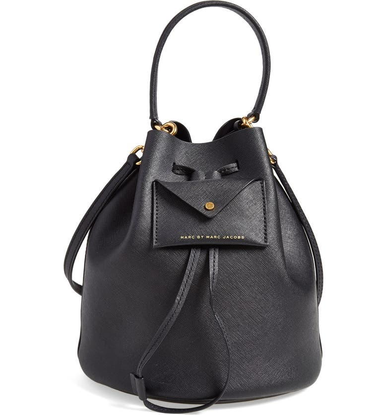 MARC JACOBS MARC BY MARC JACOBS 'Metropoli' Leather Bucket Bag, Main, color, 001