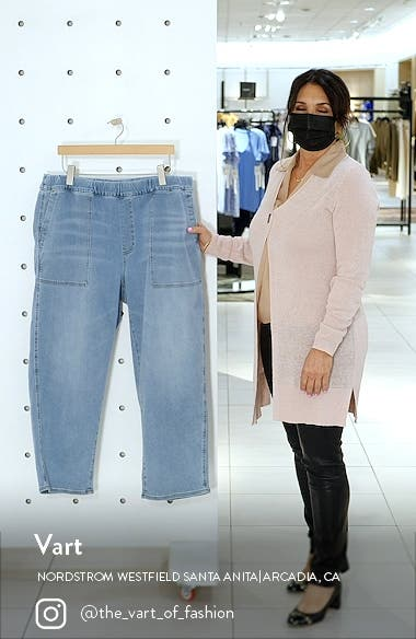 Pull-On Relaxed Jeans, sales video thumbnail