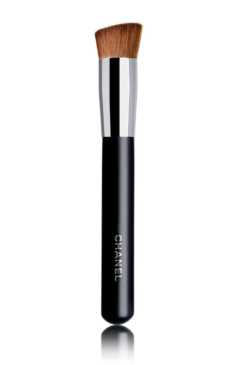 CHANEL PINCEAU TEINT<br />2-in-1 Foundation Brush Fluid and Powder, Main, color, 000