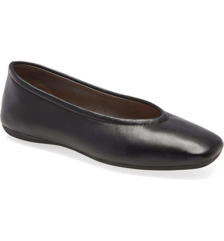 CC CORSO COMO<SUP>®</SUP> Trishina Ballet Flat, Main, color, 001