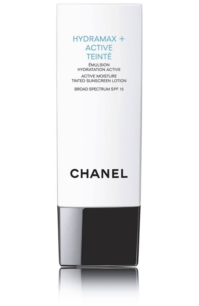 CHANEL HYDRAMAX + ACTIVE TEINTÉ <br />Active Moisture Tinted Sunscreen Lotion Broad Spectrum SPF 15, Main, color, 000