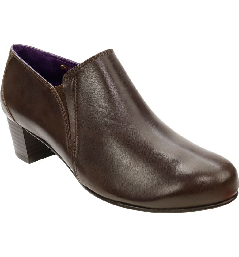 DAVID TATE Classico Pump, Main, color, BROWN LEATHER