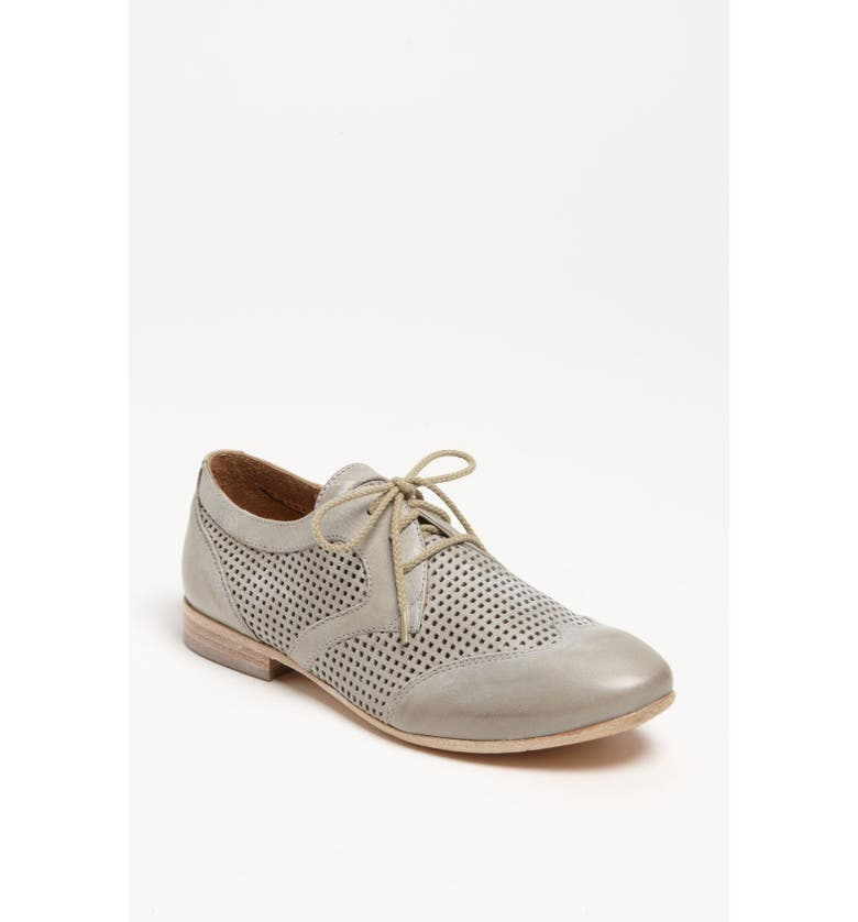 GIOVE Perforated Oxford, Main, color, 060