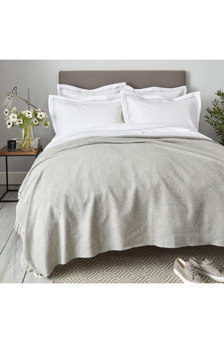 THE WHITE COMPANY Luxury Wool & Cashmere Throw, Main, color, 020