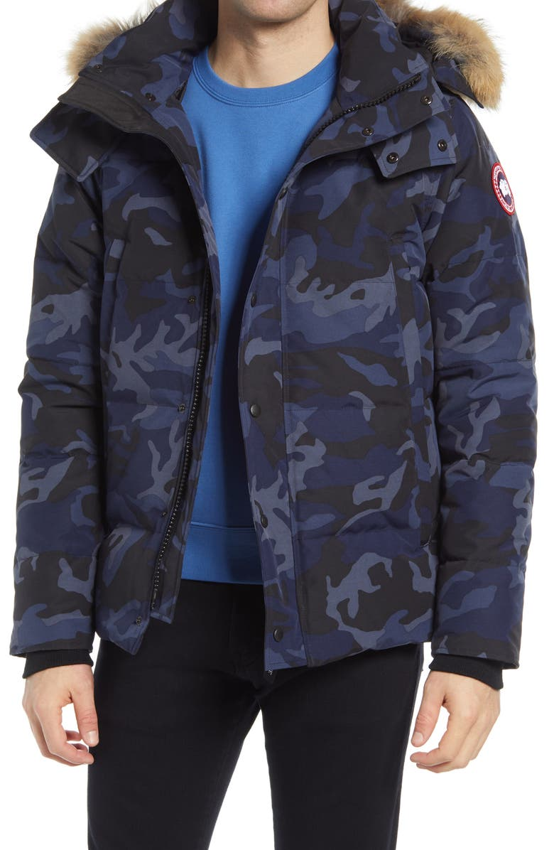 CANADA GOOSE Wyndham 625 Fill Power Down Jacket with Genuine Coyote Fur Trim, Main, color, CLASSIC CAMO NAVY