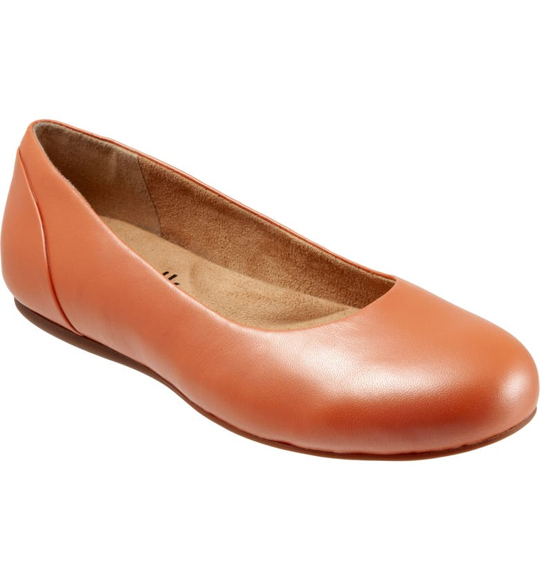 SOFTWALK<SUP>®</SUP> Sonoma Flat, Main, color, CORAL LEATHER