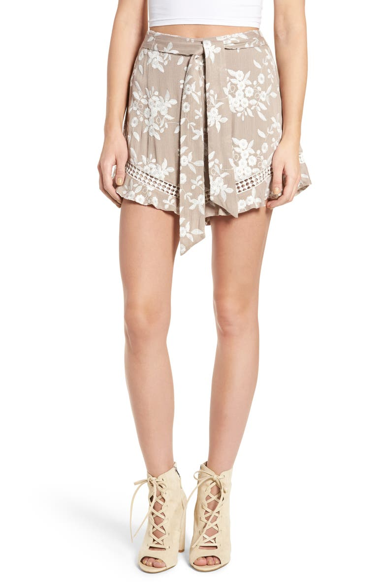 ASTR THE LABEL Embroidered Shorts, Main, color, TAN LATTE