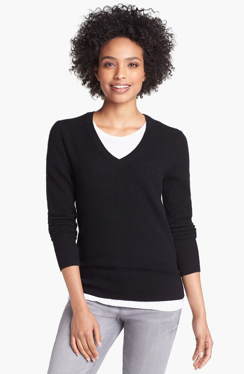 HALOGEN<SUP>®</SUP> V-Neck Cashmere Sweater, Main, color, 001