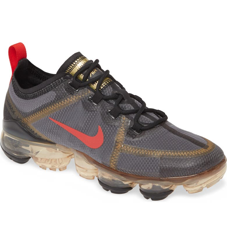 NIKE Air VaporMax 2019 Sneaker, Main, color, 001