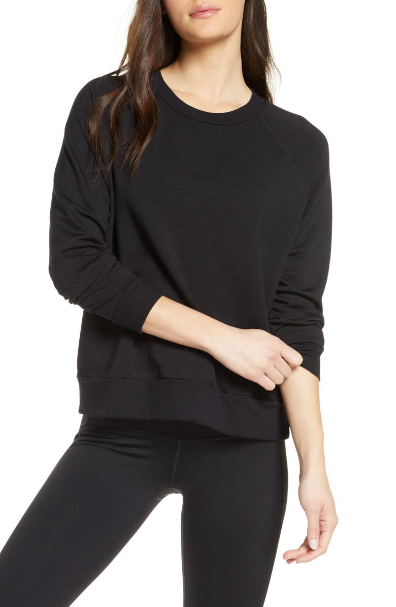 BEYOND YOGA Fleece Raglan Sweatshirt, Main, color, 001