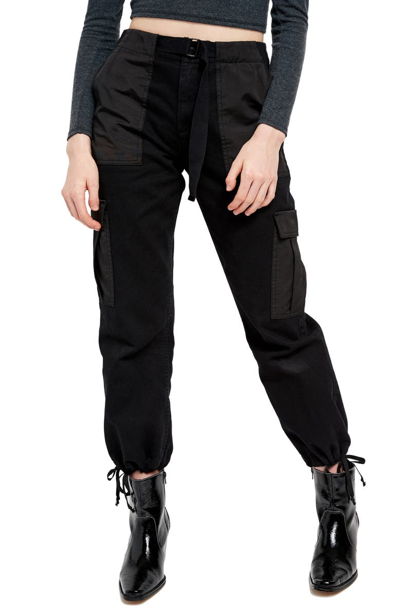 BDG URBAN OUTFITTERS Belted Twill Cargo Pants, Main, color, 001