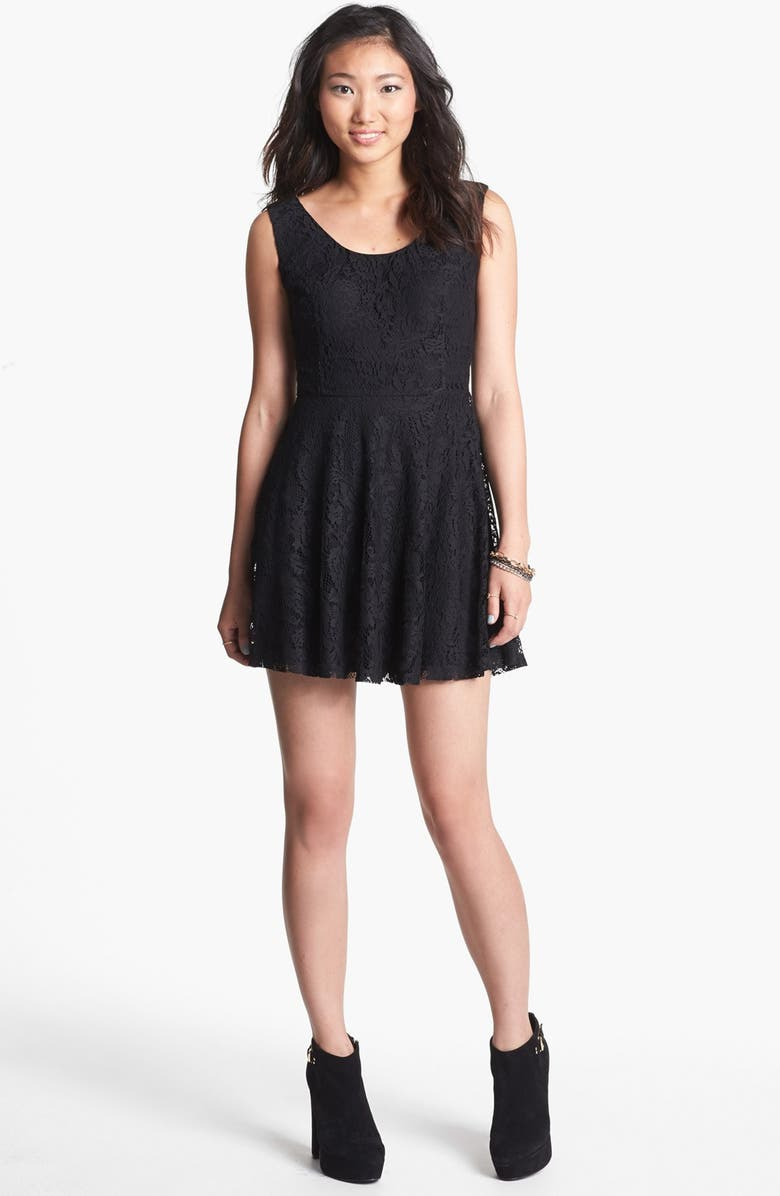 ROBIN K V-Back Lace Skater Dress, Main, color, 001